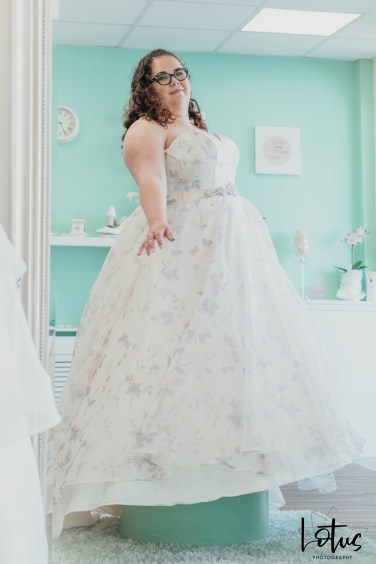 Lotus Photography Bournemouth Poole Dorset Hampshire Brides With Curves Emma Kay MUA Dress Fitting 20190804 161