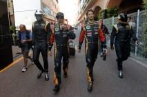 Daft Punk escort Kimi Raikkonen and Romain Grosjean to the grid