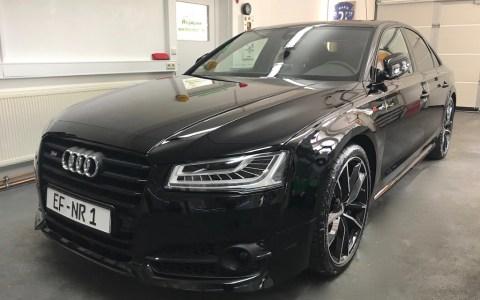 Audi S8 black