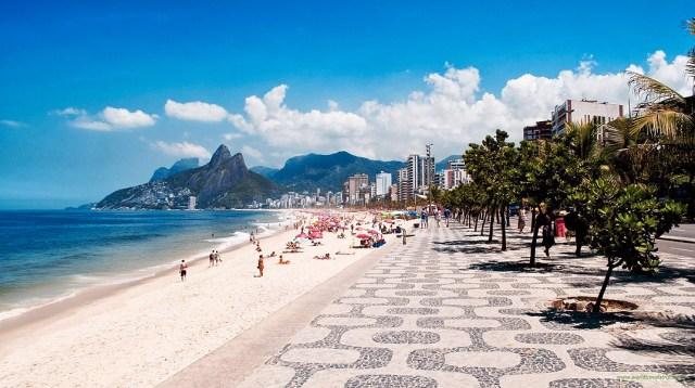 Praia Copacabana - Rio de Janeiro | Loucos por Praia (Fotos e ...
