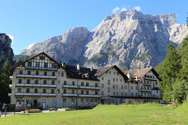 Hotel no Lago di Braies