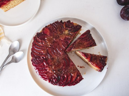 plum vegan weed cake top view