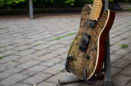 Guitarra custom Loud Luthieria