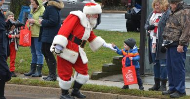 Photo Gallery: Purcellville Christmas Parade