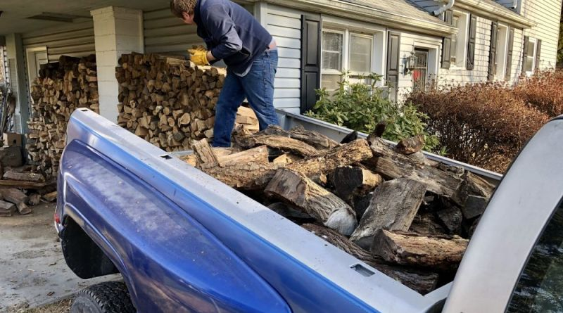 Giving Back: Loudoun Masons Pitch in for Firewood Delivery - Loudoun Now