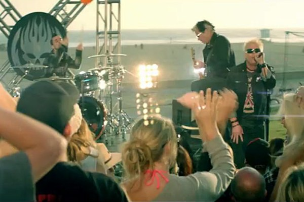 The Offspring Get the Party Started With 'Cruising ...