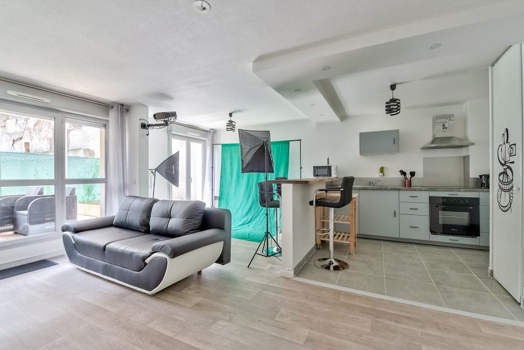 132 Rue du Landy-salon 1