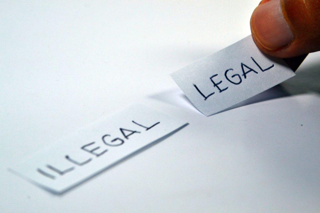 illégal-légal-coller-etiquette