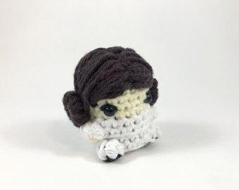 Crochet Princess Leia inspired Amigurumi Doll (Video 1) - YouTube | 270x340