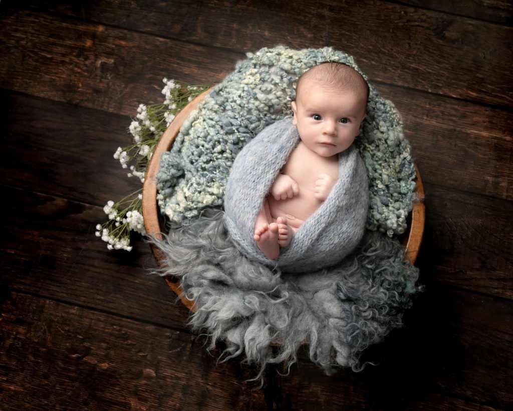 Haywards Heath Photographer newborn Photoshoot