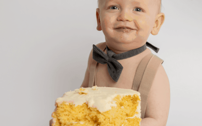Brady's 1st Birthday Cakesmash Photoshoot