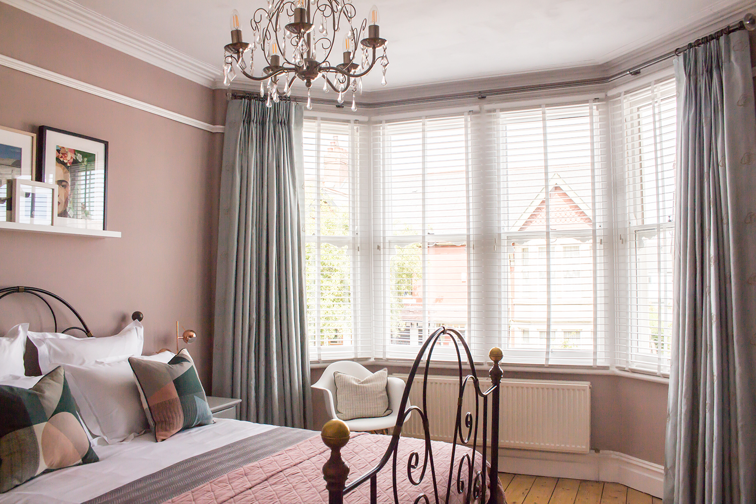 the challenge of dressing a bay window