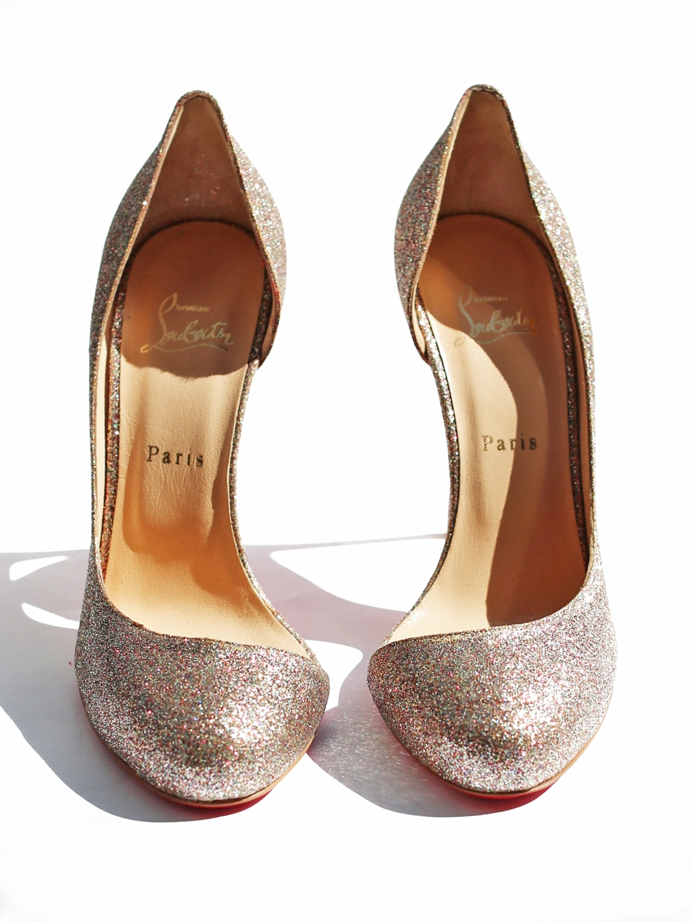 https://i1.wp.com/louiseparis.fr/9286/christian-louboutin-escarpins-stiletto-glitter-helmour-a-paillettes-multicouleur-px-boutique-450-taille-41.jpg