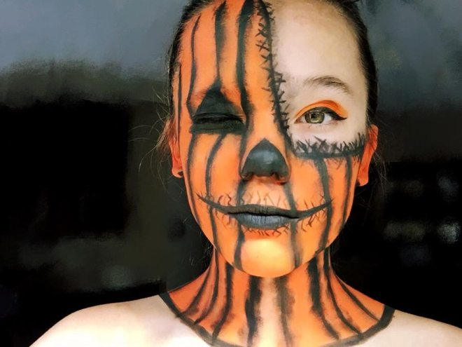 Face painting pumpkin
