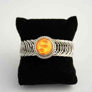 Circle around bracelet with snap cabochon, orange art