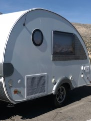 These super tiny RVs are all the rage and I love them!