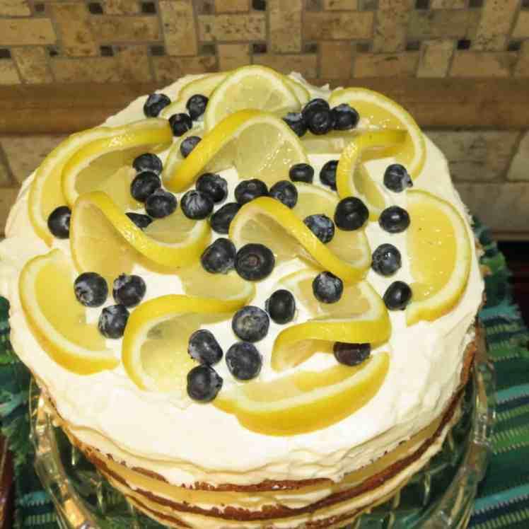 Lemon Curd in Queen Cake
