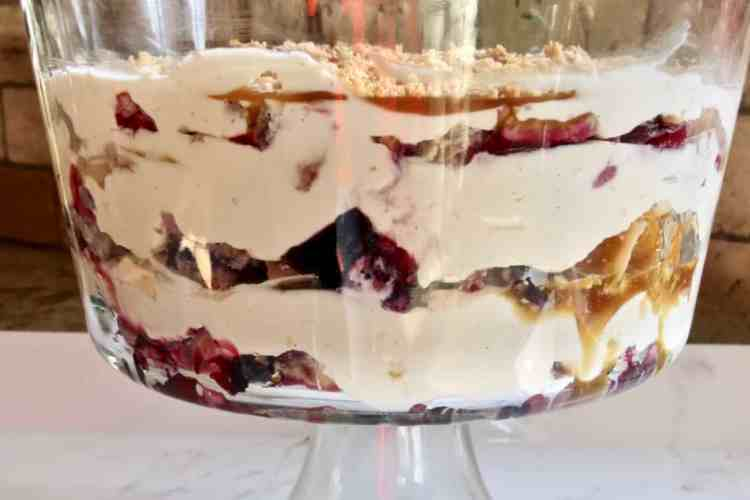 Easy Pie Trifle Dessert in a trifle bowl.