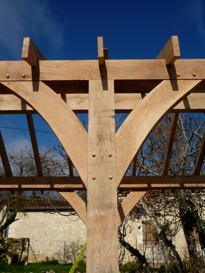 Traditional Curved Oak Braces Oak Timber Framing