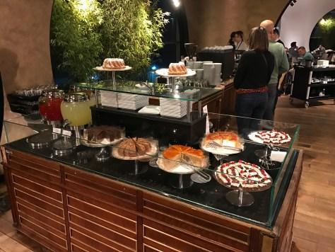Lounge Istanbul desserts