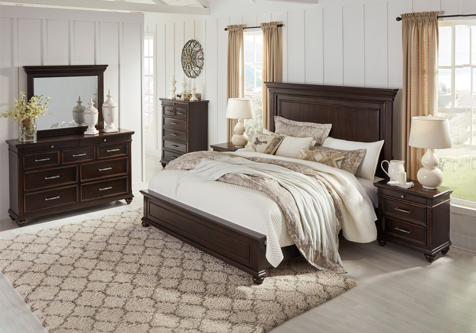 brynhurst dark brown queen panel bedroom set