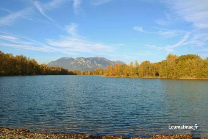 Lac des Lônes en Automne à Pontcharra