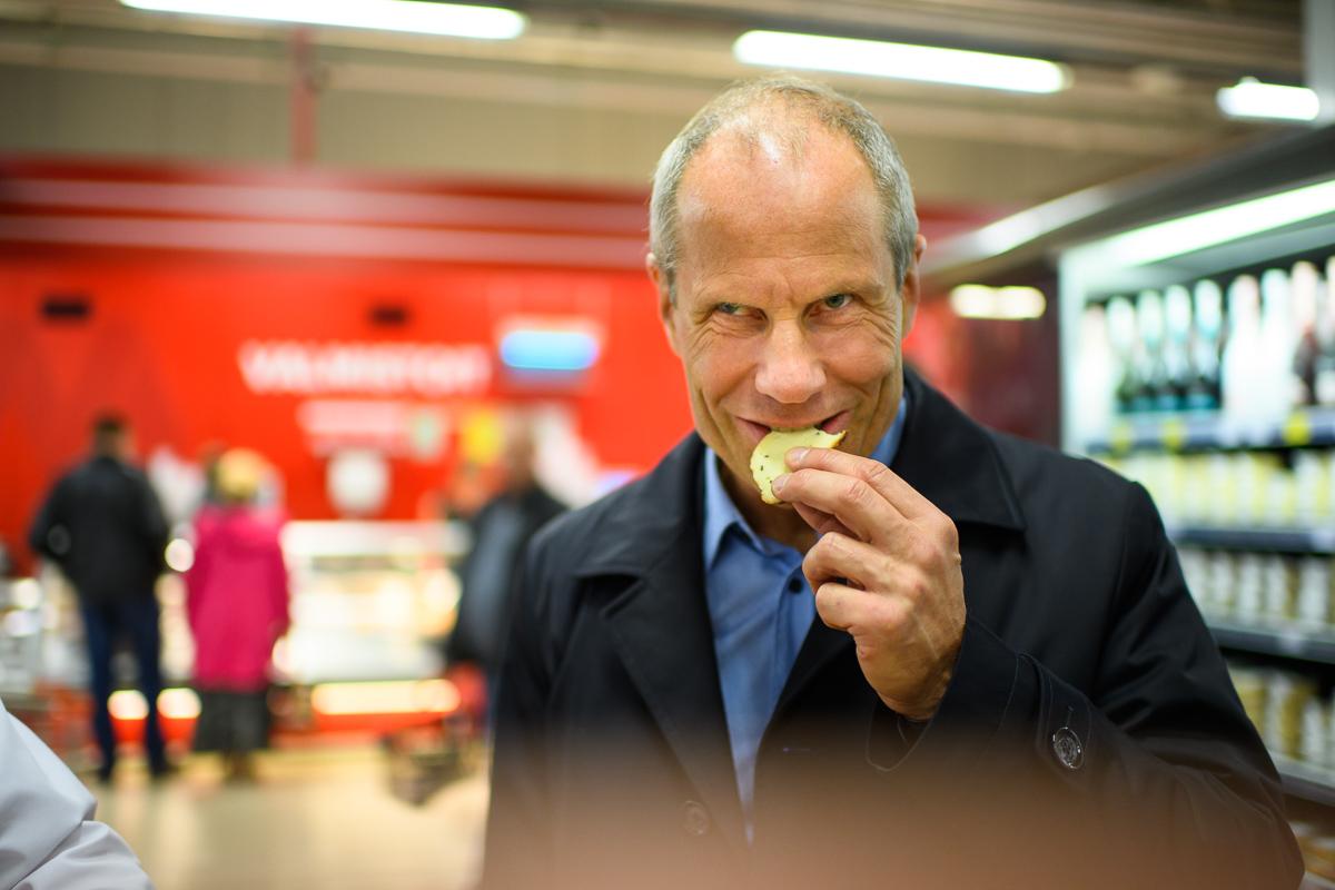 81269860494 PILDID: Rahandusminister maitses ja kiitis Võrumaa toitu - Lõunaeestlane