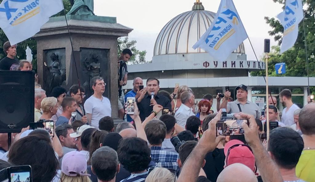 VIDEO: Mihheil Saakašvili taas sõiduvees