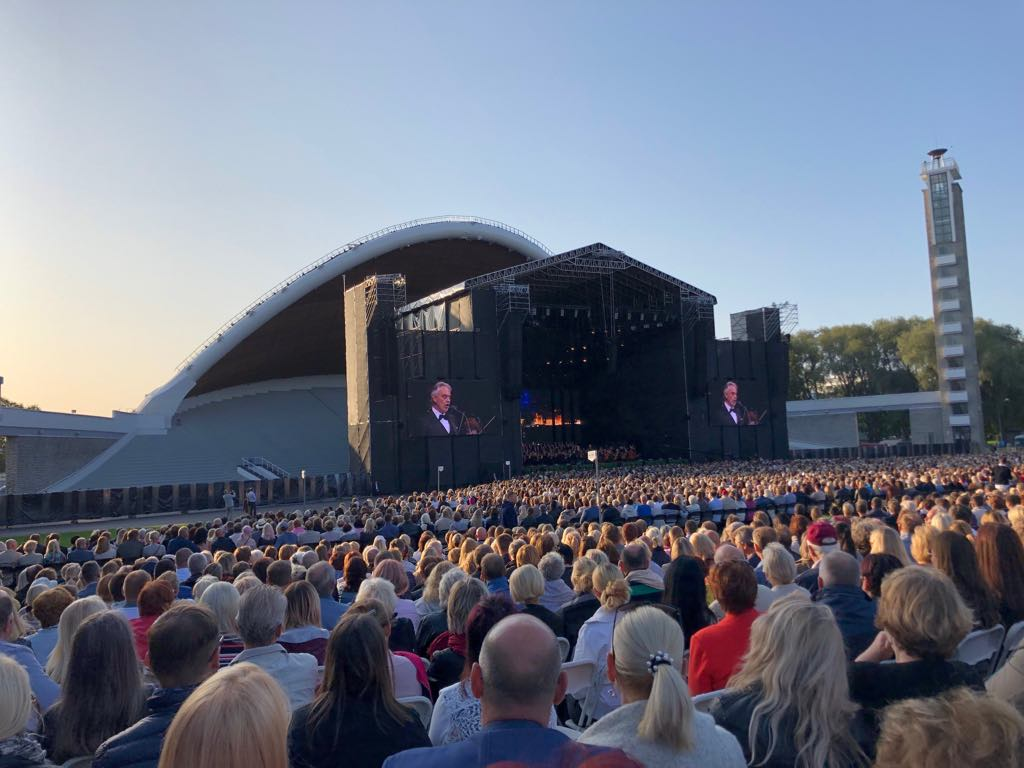 PILDID: Andrea Bocelli kontsert Tallinna lauluväljakul