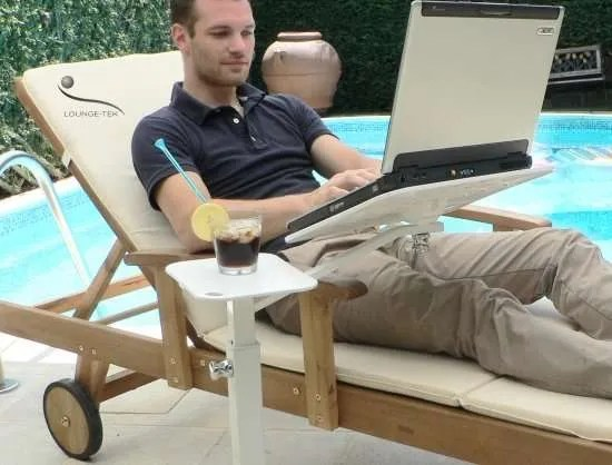 a deck chair becomes a professional desk with lounge-tek laptop support