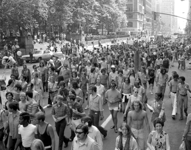 gay-pride-march-1971.jpg
