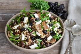 Przepis na sobotę: sałatka z kaszy pęczak i radicchio