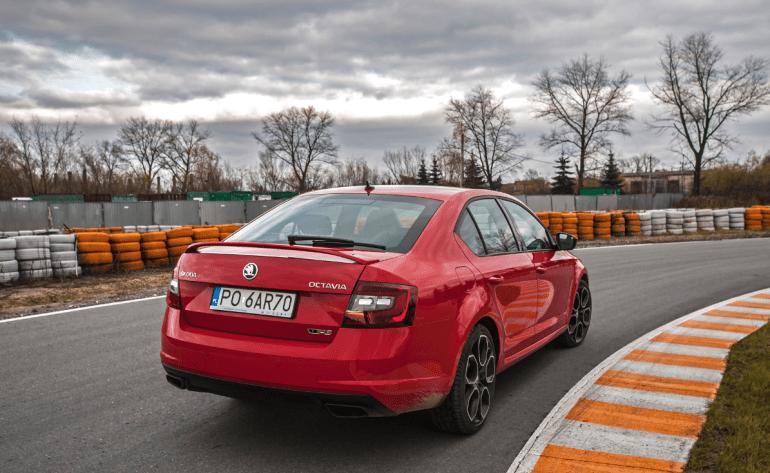 Skoda Octavia RS 245 KM – poprostu przyciąga [test] Skoda Octavia RS 245 KM – poprostu przyciąga [test] 6