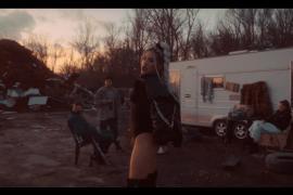 """DZIARMA prezentuje przedpremierowo klip do utworu """"PLIK"""" z nadchodzącej EPki """"V"""""""