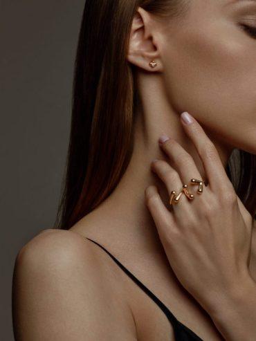 Minimalistyczna biżuteria prosto z Krakowa