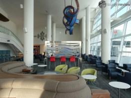 SEA-delta-sky-club-sea-concourse-a-b-00246