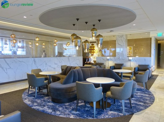 IAH-united-polaris-lounge-iah-04888