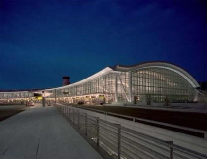 Aéroport Lester B. Pearson
