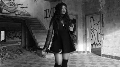 Leïla Lanova - Le Monde ou Rien cover