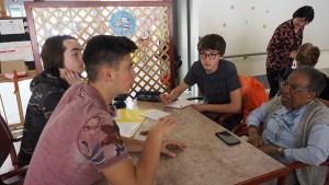 Lourdes : rencontre entre les 3ème du collège Saint Joseph/ Peyramale et les aînés de la Maison de retraite du «Petit Jer»