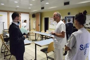 Visite du Préfet au Centre Hospitalier de Tarbes