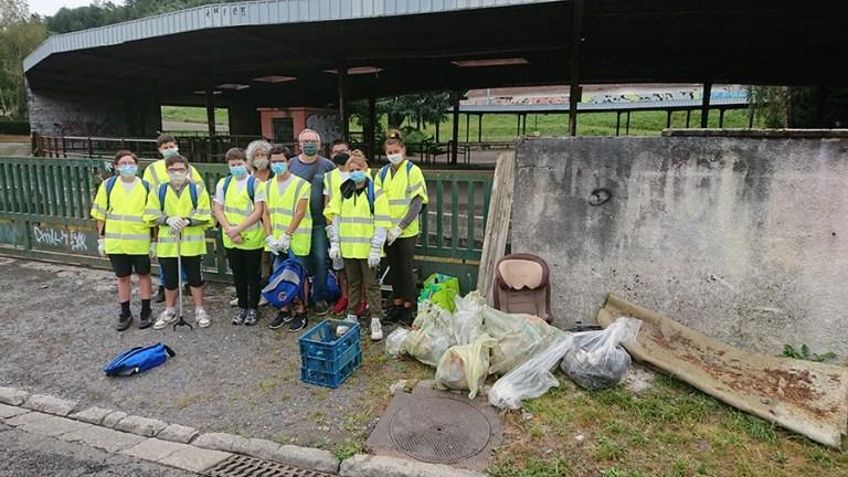 Read more about the article Lourdes : belle initiative du 1er chantier jeunesse «écocitoyen» de l'été par le Service Vie Citoyenne Jeunesse