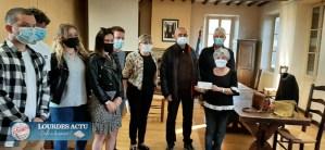 Remise de chèque Octobre Rose à Odos au profit du CD 65 de la ligue contre le cancer