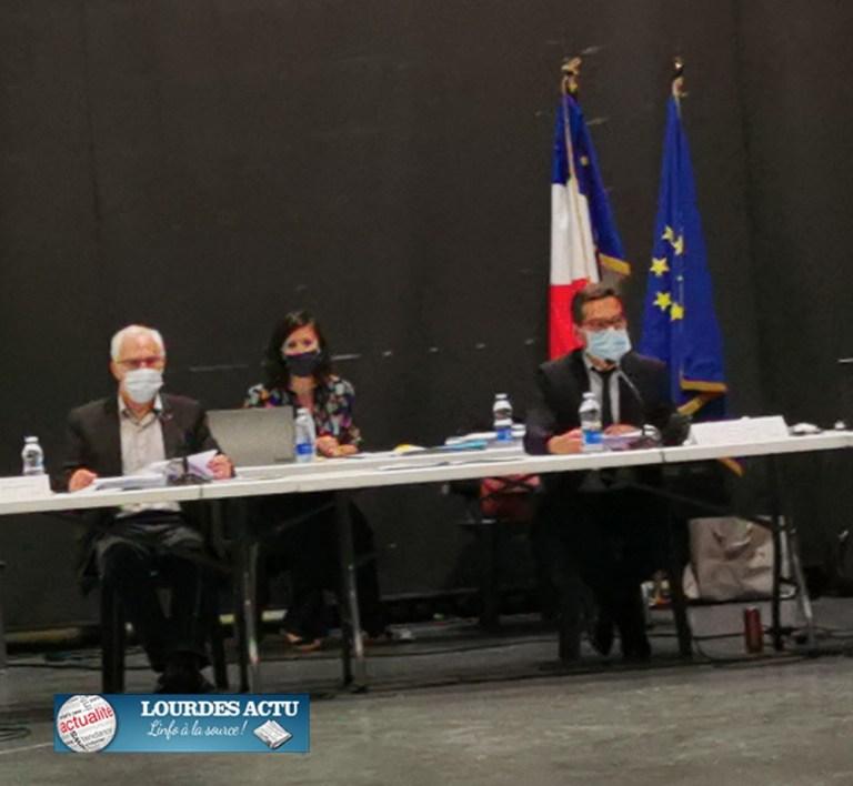 Read more about the article Lourdes : Conseil municipal, le Procès-verbal du 14 avril 2021 dernier attire l'attention d'une élue de l'Opposition
