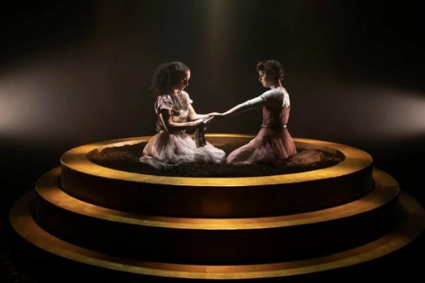Rachel Hosker and Annabel Baldwin in Antigone