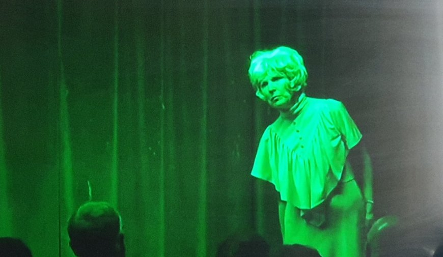 Caroline Burns Cooke in Testament of Yootha