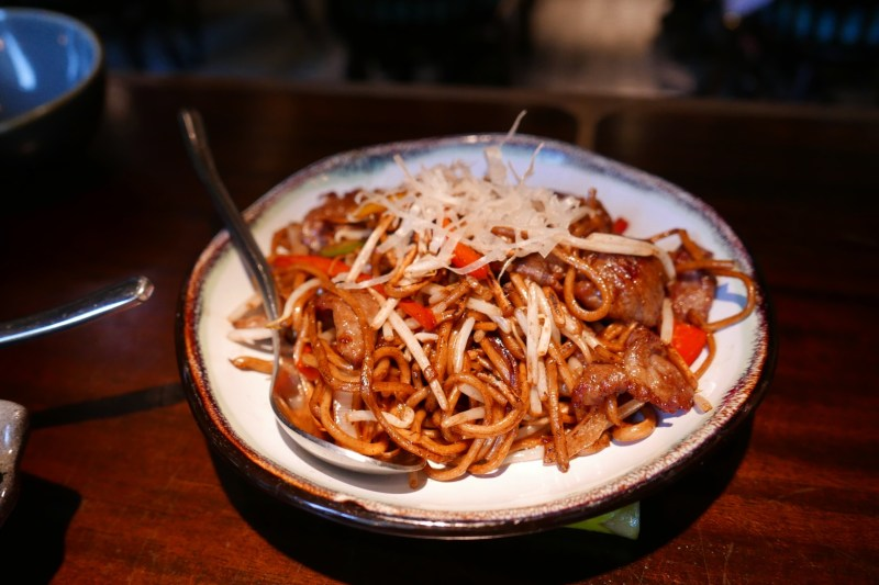 Fried Lamian, beef, peppers, bean sprout, soy sauce
