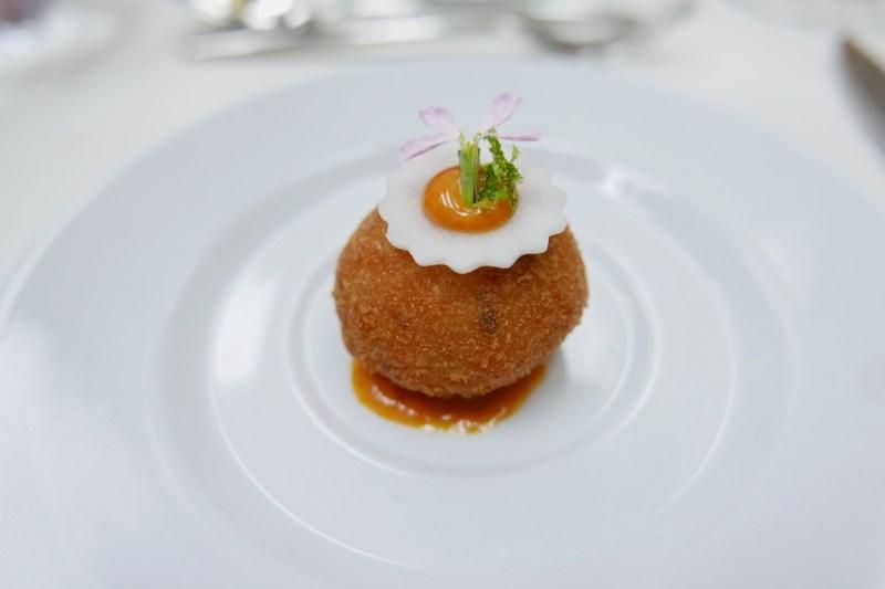 Shrimp cake, gochujang aioli (chili paste mayonnaise), daikon radish