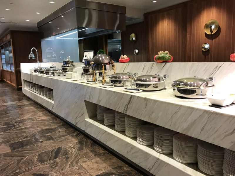 Buffet and a la carte breakfast at Place Dufferin