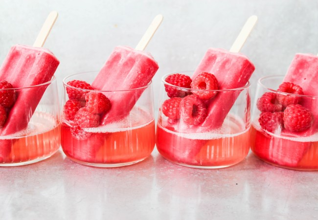 This Summer it's all about the Prosecco Popsicles!